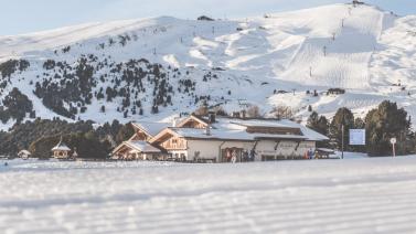Hotel in den Dolomiten mit idealer Lage an der Skipiste