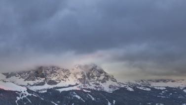 Wolkenspiel Winterurlaub Gröden