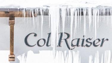 Col Raiser Hausmauer Eiszapfen