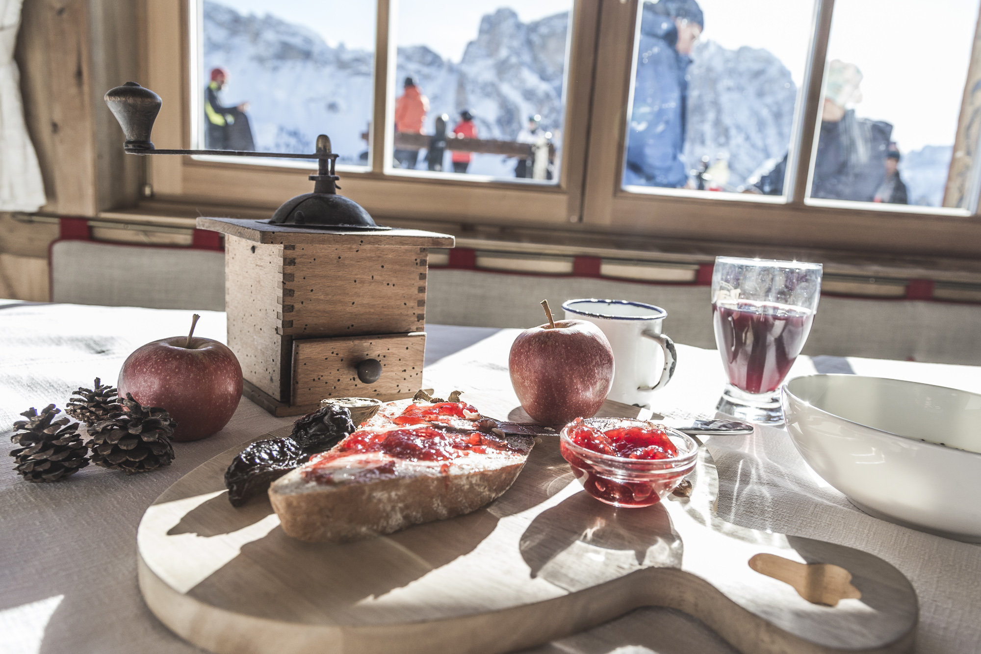 Breakfast at your ski hotel Val Gardena
