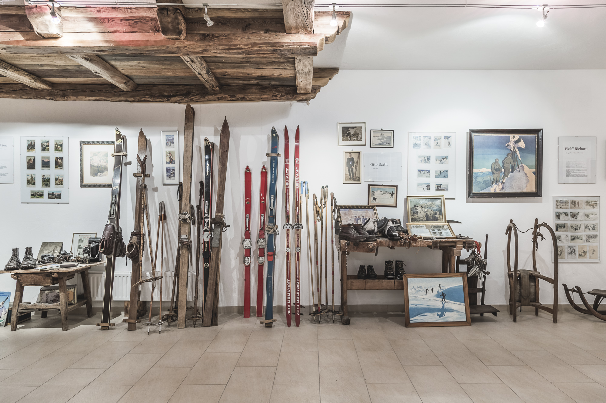 Get familiar with the history of skiing in the Dolomites