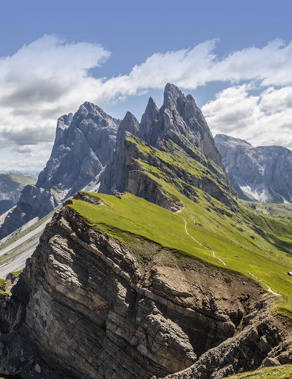 Vacation Dolomites Seceda Trekking