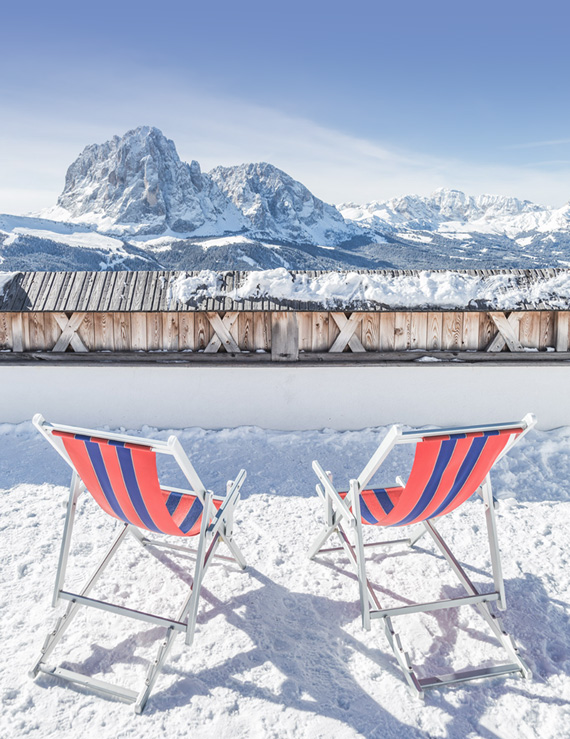 Experience Val Gardena at the sunloungers right in front of your Dolomite hotel